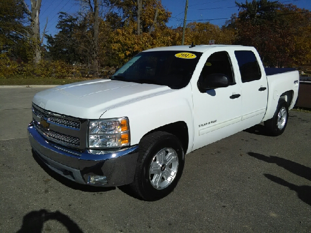2012 CHEVROLET SILVERADO 1500 LT 4X4 4DR CREW CAB 58 FT SB white carfax 2 owners and no acciden