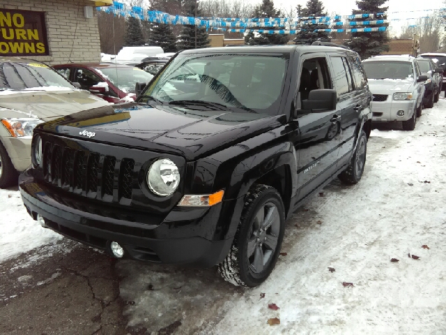 2015 JEEP PATRIOT HIGH ALTITUDE EDITION 4X4 4DR SU black carfax 1 owner and no accidents wow what