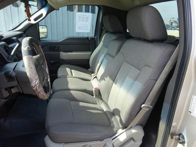2009 Ford F-150 4x2 XL 2dr Regular Cab Styleside 6.5 ft. SB - Corpus Christi TX