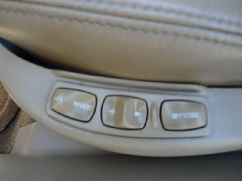 2000 Saturn L-Series LS2 4dr Sedan - Roselle NJ