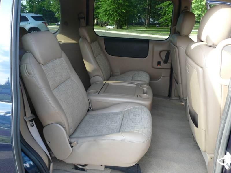 2006 Saturn Relay 2 4dr Mini-Van - Roselle NJ