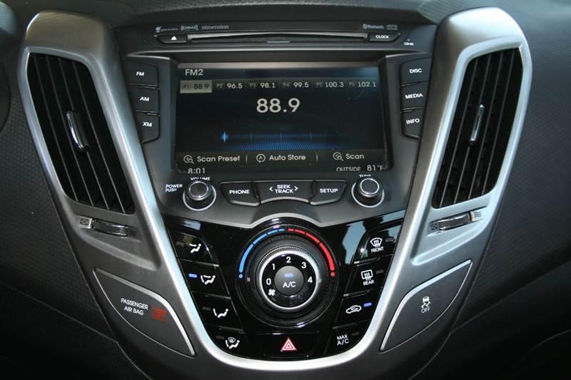 2012 Hyundai Veloster Base 3dr Coupe w/Black Seats - Rocklin CA