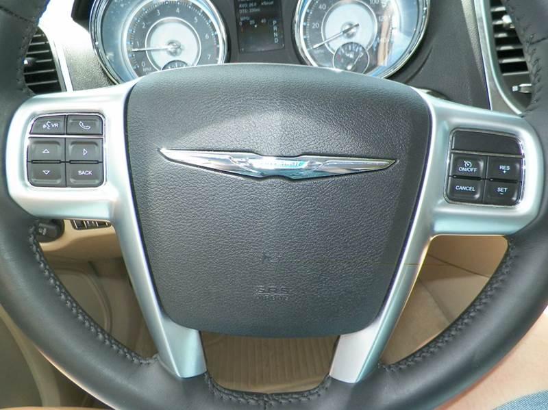 2014 Chrysler 300 Base AWD 4dr Sedan - Imlay City MI