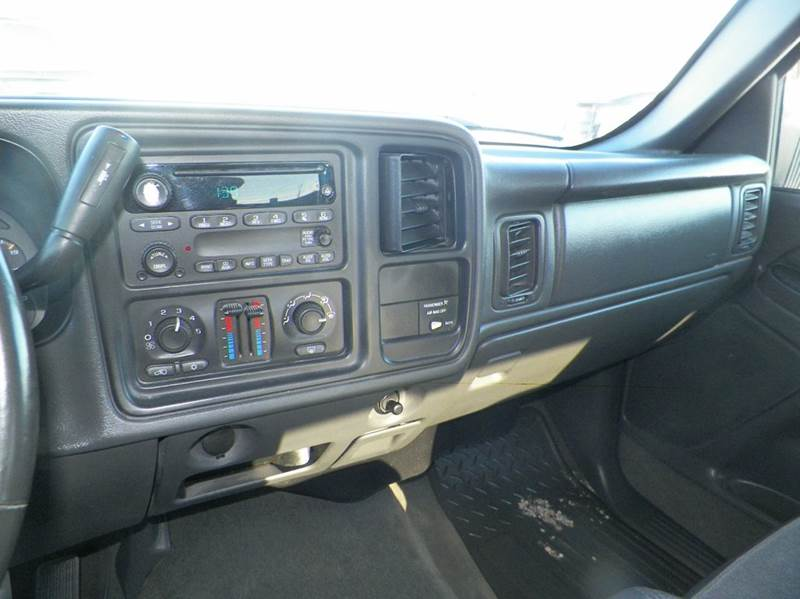 2004 Chevrolet Silverado 1500 4dr Extended Cab LS 4WD LB - Imlay City MI