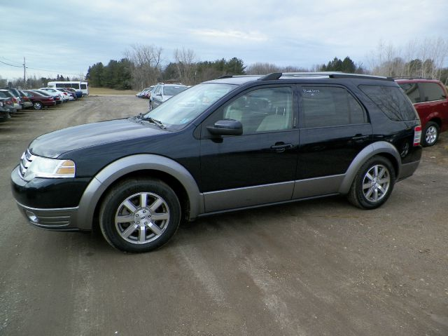 2009 ford taurus x sel suv 4dr imlay city mi. Black Bedroom Furniture Sets. Home Design Ideas