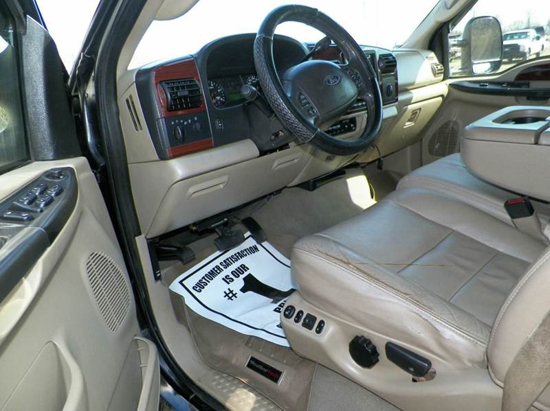 2007 Ford F-350 Super Duty Lariat 4dr Crew Cab 4WD LB DRW - Imlay City MI
