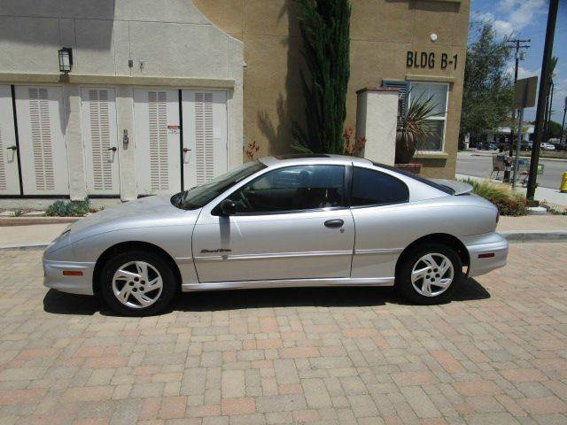 2000 pontiac sunfire se 2dr coupe in covina ca. Black Bedroom Furniture Sets. Home Design Ideas
