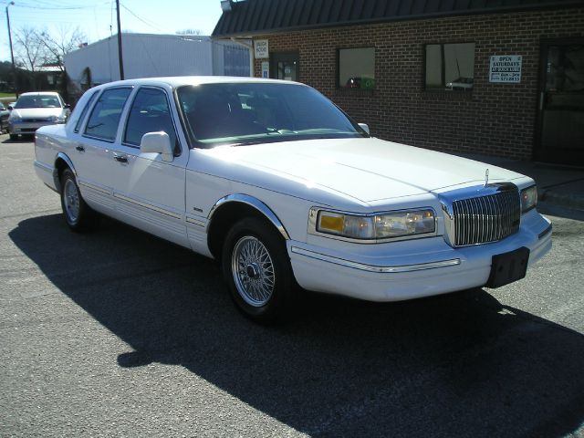 1995 Lincoln Town Car for sale in Raleigh NC