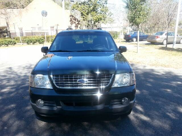 2003 FORD EXPLORER XLT 4DR SUV green there are no electrical problems with this vehicle  nothing