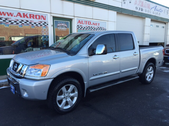 2010 nissan titan 4x4 le 4dr crew cab swb pickup in akron. Black Bedroom Furniture Sets. Home Design Ideas