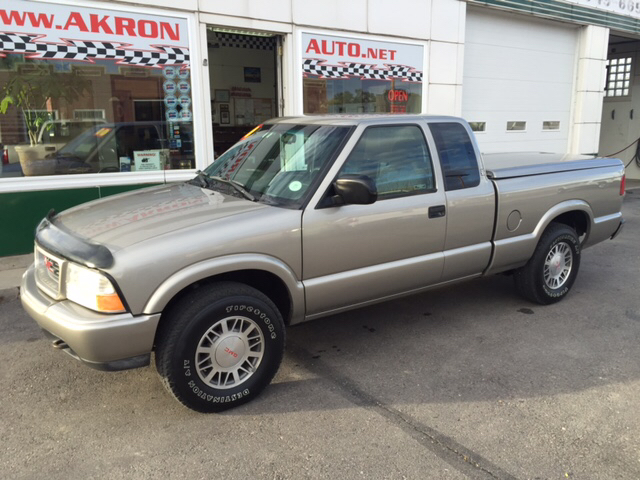 2000 gmc sonoma 2dr sls sport 4wd extended cab sb in akron co akron auto. Black Bedroom Furniture Sets. Home Design Ideas