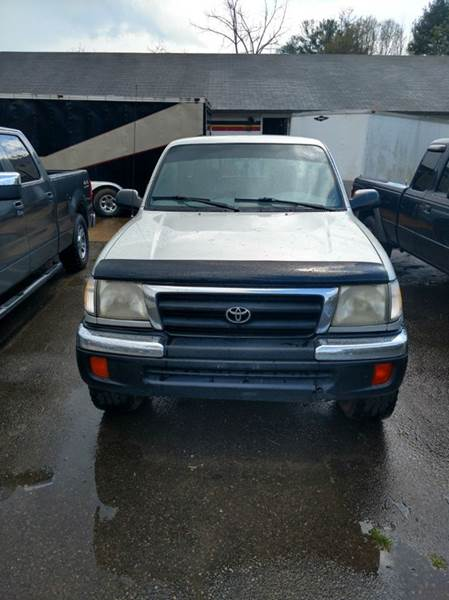2000 Toyota Tacoma 2dr 4WD Extended Cab SB - Franklin NC