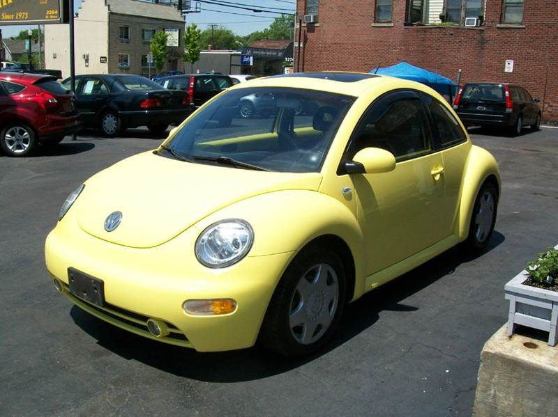 2001 Volkswagen New Beetle 2dr GLS 1.8T Turbo Hatchback - Columbus OH