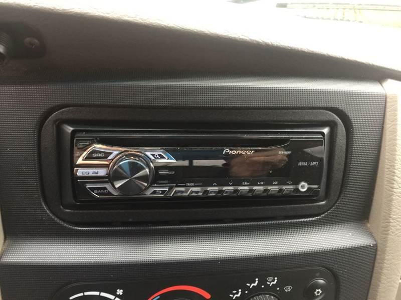 2005 Dodge Ram Pickup 2500 4dr Quad Cab SLT 4WD SB - Dickinson TX