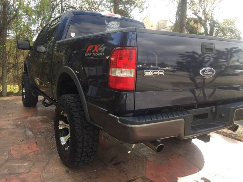 2004 Ford F-150 FX4 4dr SuperCrew 4WD Styleside 5.5 ft. SB - Dickinson TX
