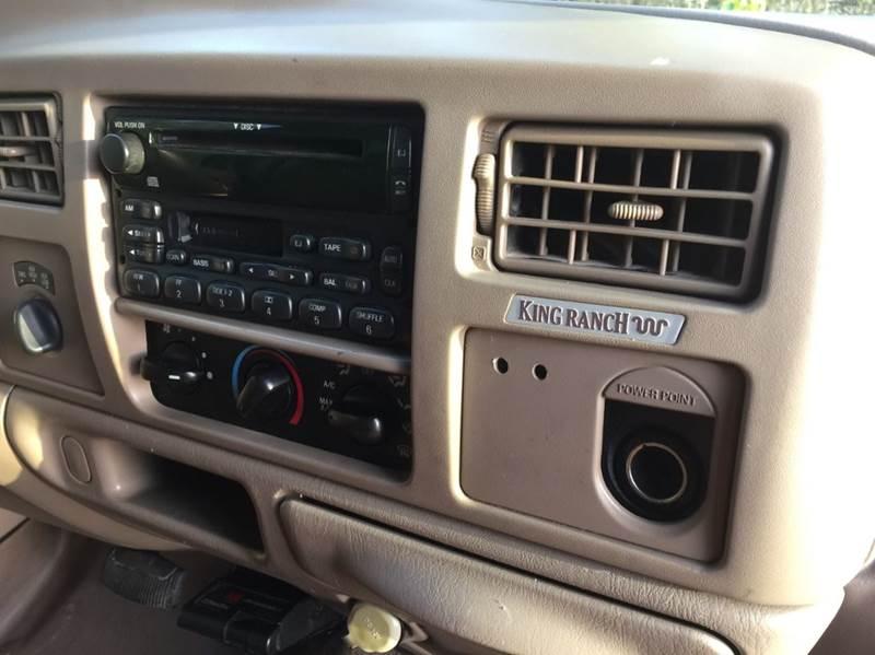 2003 Ford F-350 Super Duty 4dr Crew Cab Lariat 4WD LB DRW - Dickinson TX