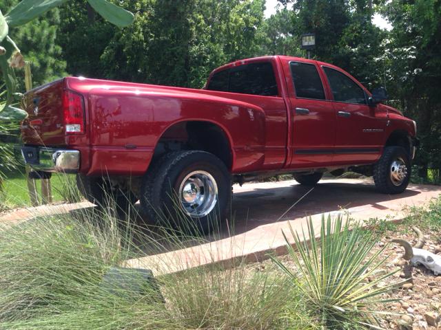 2006 dodge ram pickup 3500 slt 4dr quad cab 4wd lb drw in dickinson tx texas truck sales. Black Bedroom Furniture Sets. Home Design Ideas