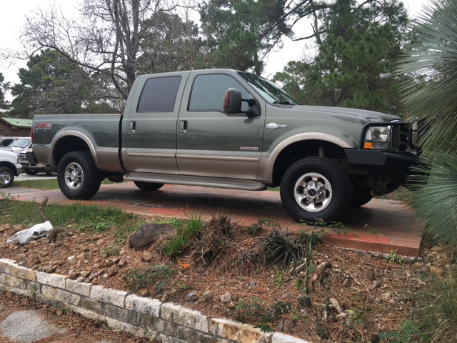 2004 ford f 250 super duty lariat 4dr crew cab 4wd sb in dickinson tx texas truck sales. Black Bedroom Furniture Sets. Home Design Ideas