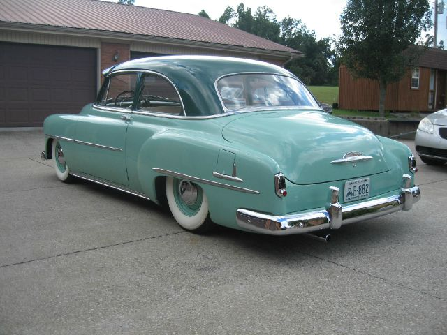 Click image to enlarge for 1952 chevy deluxe 2 door for sale
