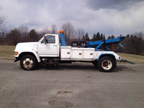 1998 Ford F-800 for sale in Loyalhanna, PA