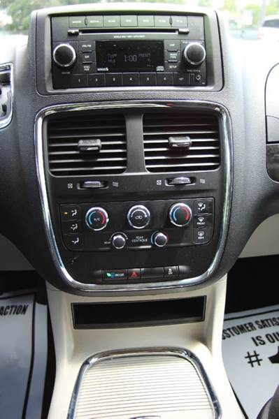 2016 Dodge Grand Caravan SXT 4dr Mini Van - Williamston MI