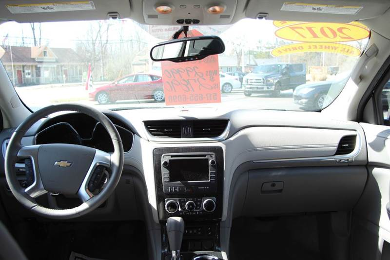 2017 Chevrolet Traverse AWD LT 4dr SUV w/2LT - Williamston MI