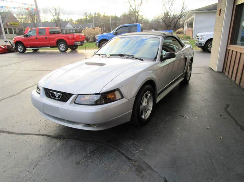 2002 FORD MUSTANG DELUXE 2DR CONVERTIBLE silver youll love cruising in this convertible 2002 for
