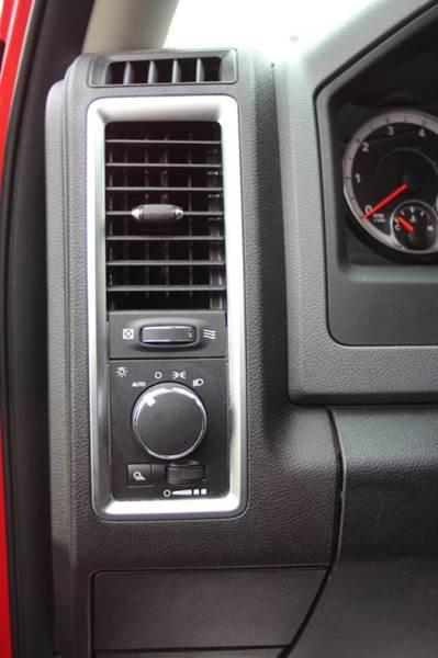 2016 RAM Ram Pickup 1500 4x4 SLT 4dr Quad Cab 6.3 ft. SB Pickup - Williamston MI