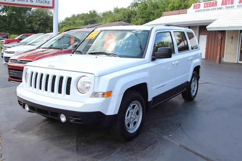 2017 JEEP PATRIOT SPORT 4DR SUV white our 2017 jeep patriot is just waiting to head home with you