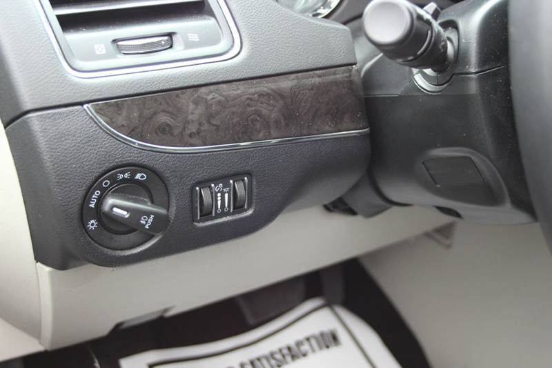 2016 Chrysler Town and Country Touring 4dr Mini Van - Williamston MI