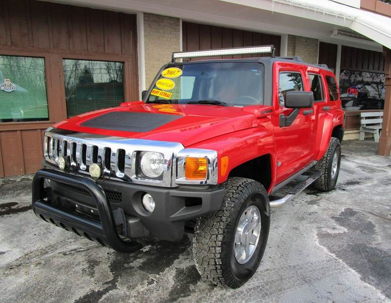 2007 HUMMER H3 BASE 4DR SUV 4WD red youll look great going down the road in this 2007 hummer h3