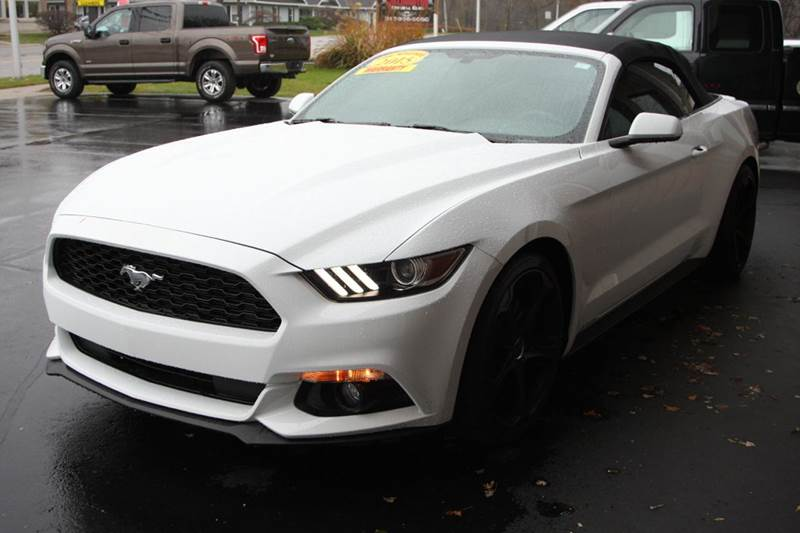 2015 FORD MUSTANG V6 2DR CONVERTIBLE white do not pass up our 2015 ford mustang this convertible