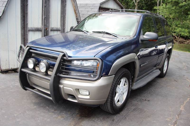 2002 CHEVROLET TRAILBLAZER LTZ 4WD 4DR SUV blue dont miss our 2002 chevrolet trailblazer stay c