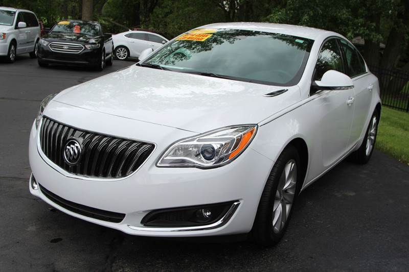 2017 BUICK REGAL PREMIUM II 4DR SEDAN pearl looking for a new vehicle with all the bells and whis