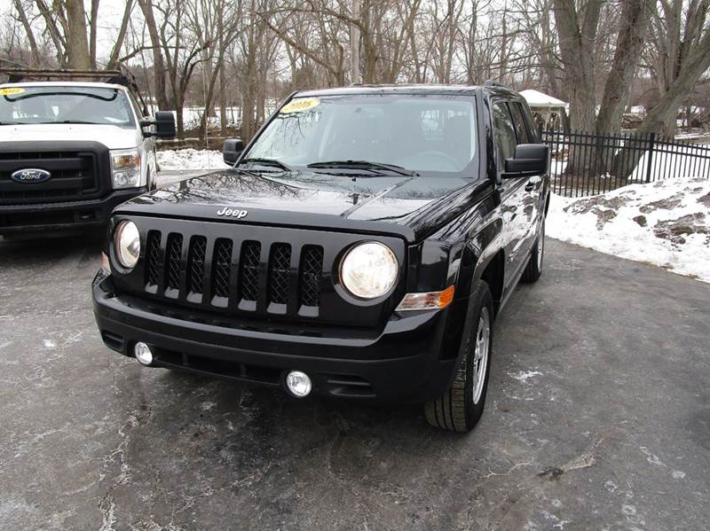 2016 JEEP PATRIOT SPORT 4DR SUV black dont miss this great deal on our one owner 2016 jeep patri