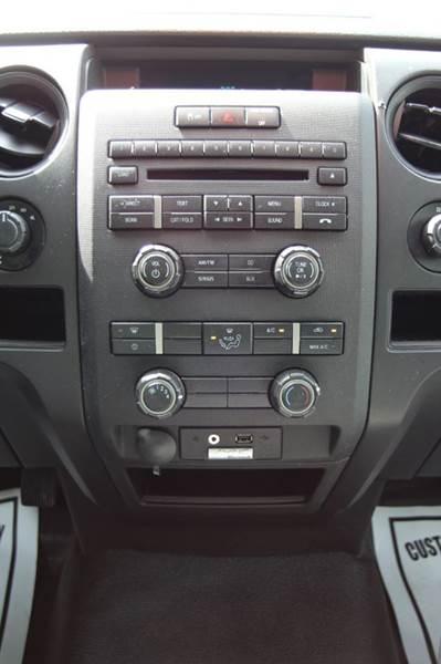 2014 Ford F-150 XL 4x4 2dr Regular Cab Styleside 8 ft. LB - Williamston MI