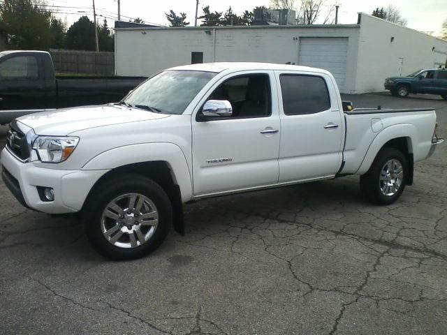 2014 toyota tacoma double cab long bed v6 5at 4wd in toledo perrysburg sylvania dealmaker auto sales. Black Bedroom Furniture Sets. Home Design Ideas