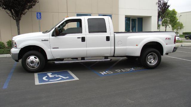 2005 FORD F-350 LARIAT 4DR CREW CAB 4WD LB DRW white 2005 ford f-350 crew cab long bed lariat  60