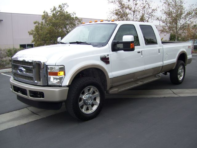 2009 FORD F350 KING RANCH white 2009 ford f350 super duty crew cab king ranch 4d   v8 turbo diese
