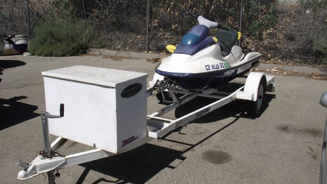 1996 SEA-DOO SEA DOO white call now   866 261 0195 0 miles VIN zznm2193f696