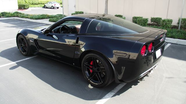2008 CHEVROLET CORVETTE Z06 black 2008 chevy corvette z06   only 12365 miles   traction control