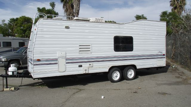 2000 MITY LITE BAJA TOY HAULER white 2000 baja by mity lite toy hauler   double axle  tires like