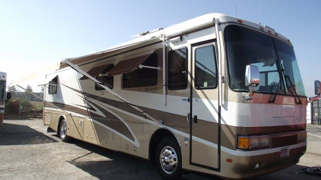 1999 MONACO DYNASTY tan  white 1999 monaco dynasty diesel motorhome    super clean in and out