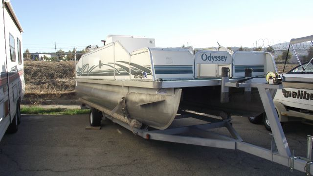 1999 ARUBA ODYSSEY PONTOON white and green 1999 aruba odyssey pontoon 20   with trailer  evinru
