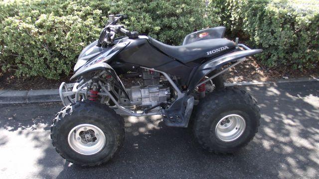 2006 HONDA TRX 250 EX ATV black 0 miles VIN 1HFTE270764510594