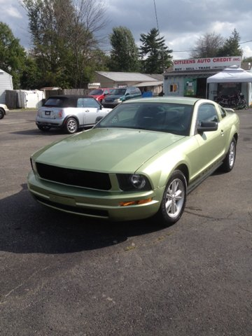 2005 Ford Mustang for sale in Amelia OH
