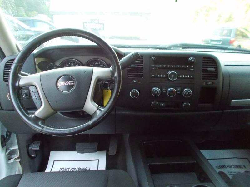 2011 GMC Sierra 2500HD 4x4 SLE 4dr Crew Cab SB - Roaring Spring PA