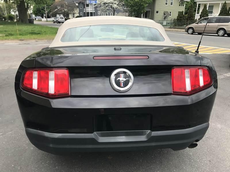 2010 Ford Mustang V6 Premium 2dr Convertible - Framingham MA