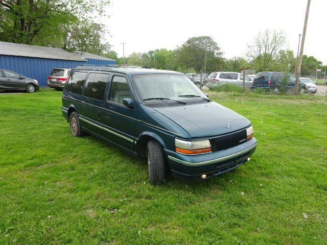 1994 Chrysler Town and Country
