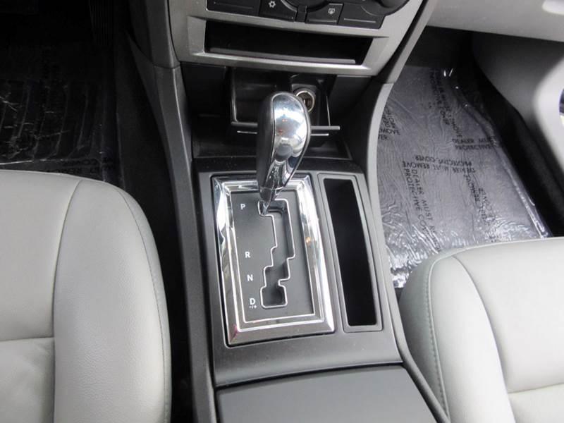 2006 Chrysler 300 Touring 4dr Sedan - Lynnwood WA